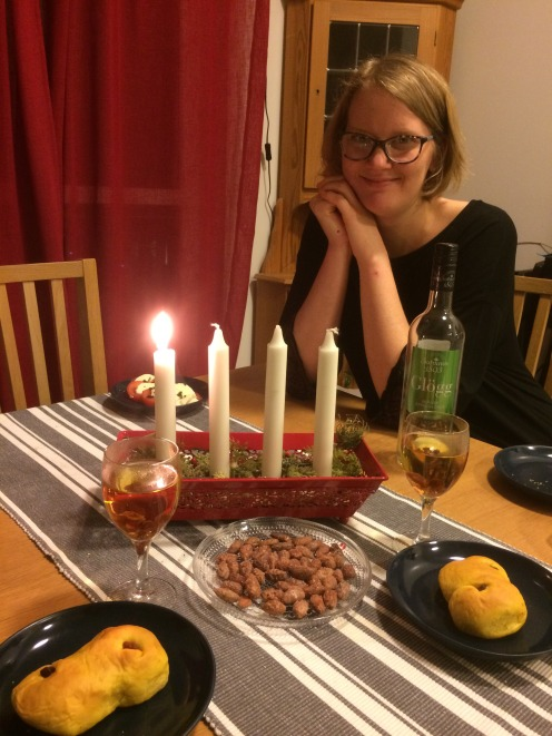 Fika at the first Advent with Lussebullar and Glögg.